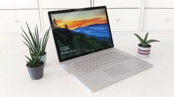 Microsoft Surface Book 2 _